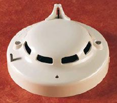Photoelectric/heat smoke detector