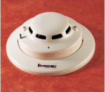 Direct wire photoelectric smoke detector